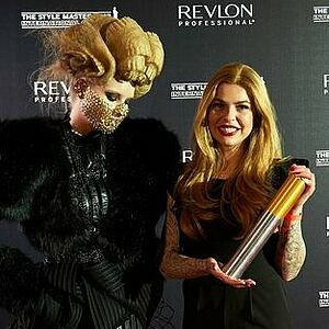 Julia Beckers, revlon Professional, Style Masters Award 2017, Friseur, Salon Blondes Gift